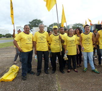 SEICON-DF participa de Marcha Contra o Pacote da Maldade