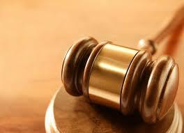 Decisão da justiça determina pagamento de extra para funcionária que exercia duas funções em empresa
